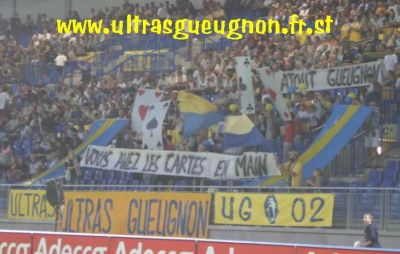 Tifo ultras gueugon troyes