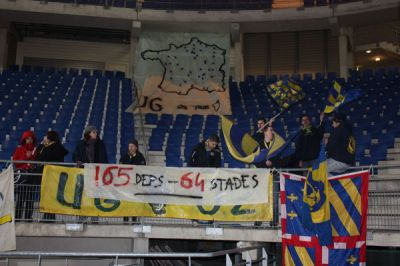 gueugnon troyes ultras on tour tifo deplacement france